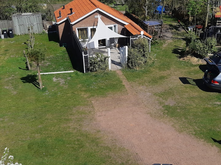 Huisje Boswei direct aan het strand in Zoutelande