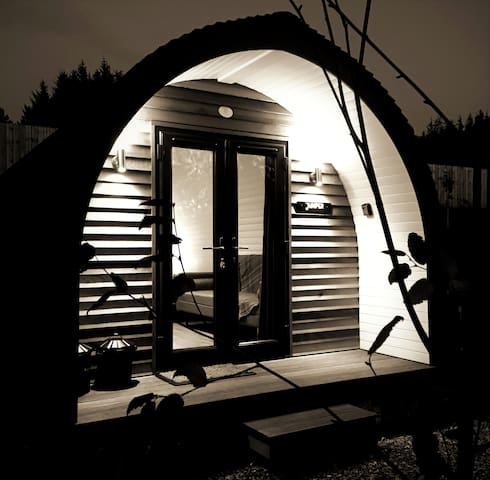 LUXURY GLAMPING POD (1) NEAR INVERNESS & AVIEMORE