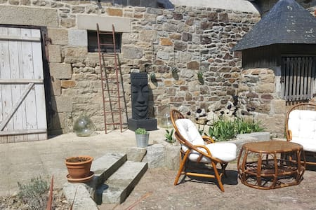 Bed and breakfast atypique entre mer et campagne