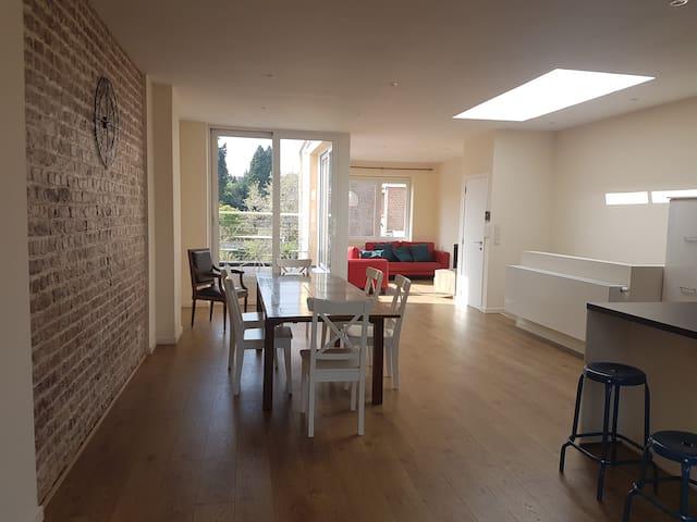 Appartement duplex à Bruxelles (Woluwé St Lambert) - Woluwe-Saint-Lambert - Townhouse