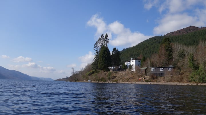 Loch Ness Hostel Private 4 Bed Room + Private W/C