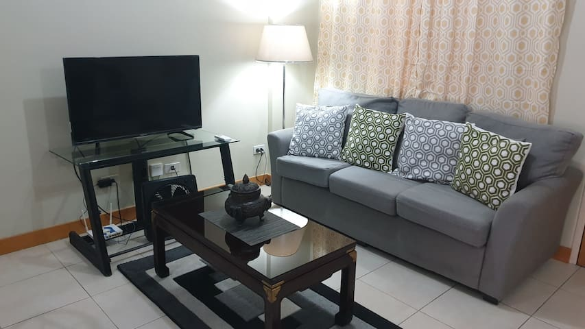 2 Bedroom Condo with Amenities area near BGC