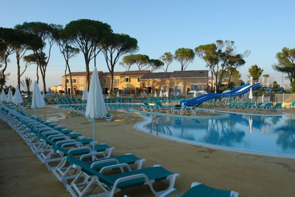 Studio avec piscine proche mer montagne camargue - Residence avec piscine interieure ...