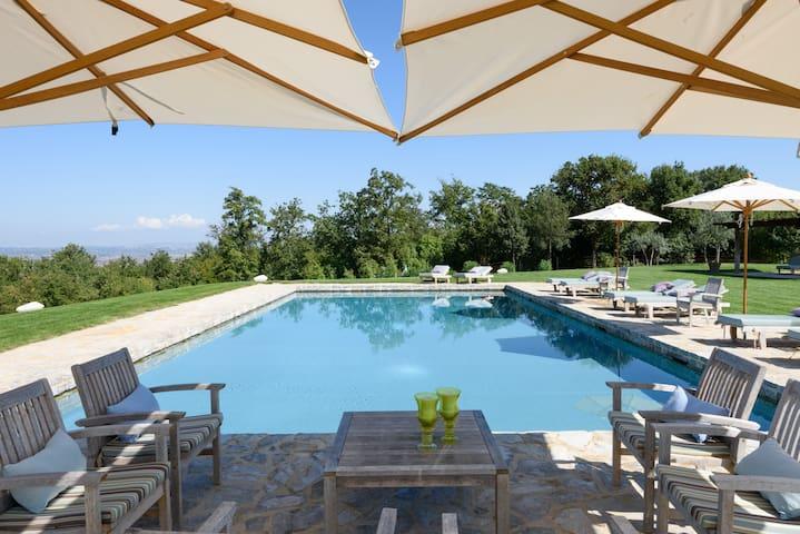 LA PIGNA charming contryside villa