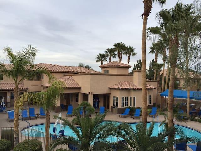 """Desert Paradise Resort AD 2BR """"Day N Vegas&EDC"""" wk"""
