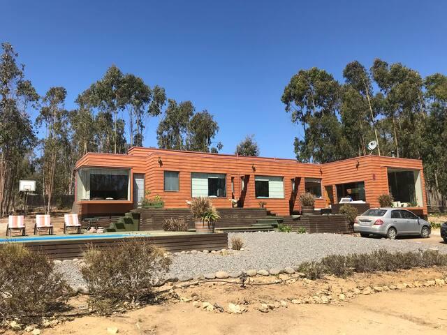 Increíble casa en Bosquemar de Tunquen