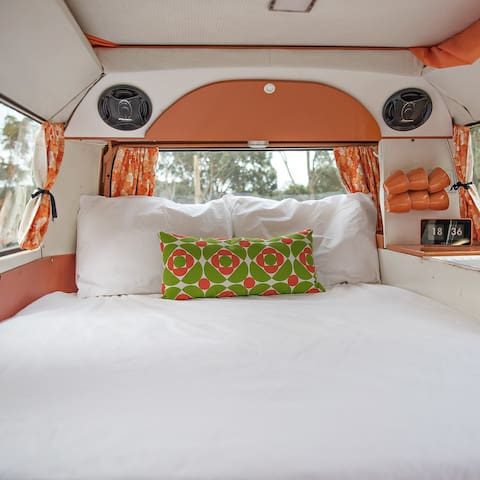 Retro Kombi Camper Self Drive holiday Batemans Bay - Malua Bay - Campingvogn