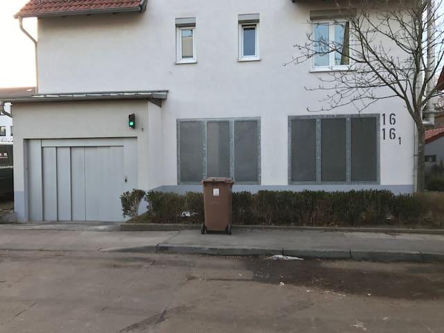 Apartment Schön II EG, 2 Zi, Küche, Bad, Garten