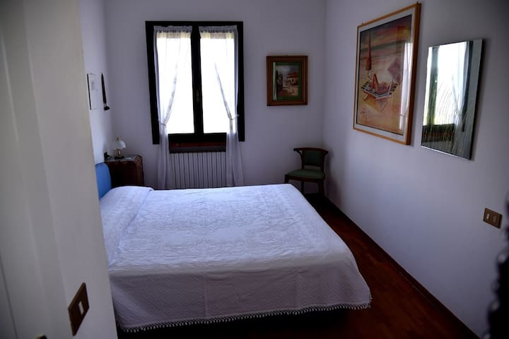 stanza matrimoniale in villa - Sogliano Al Rubicone - Bed & Breakfast