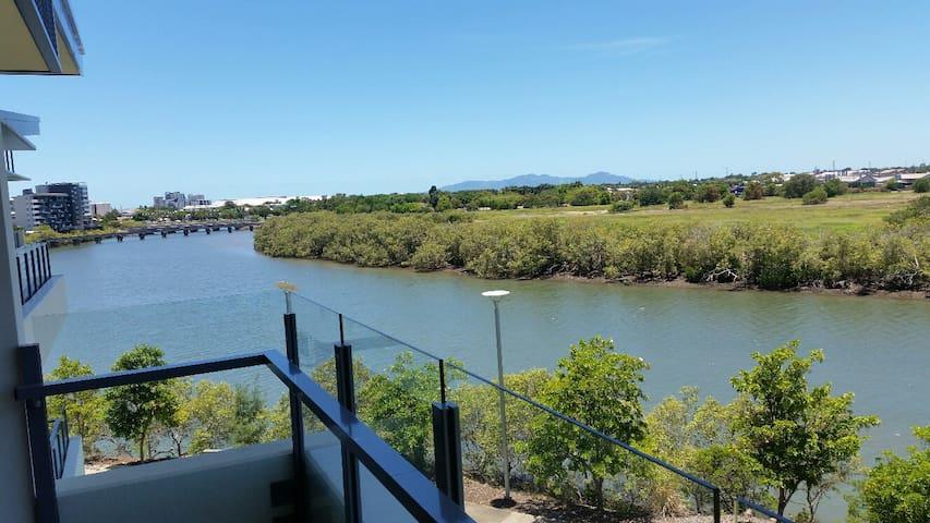 3 Bedroom Apartment River Views