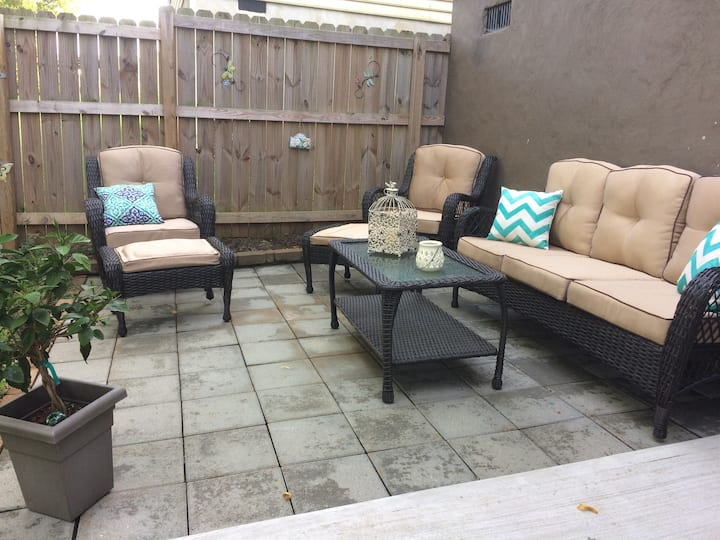 Cozy 3br house 7 mins from LU