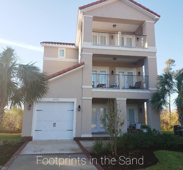 """Footprints in the Sand"" 4br 4ba villa Perdido Key"