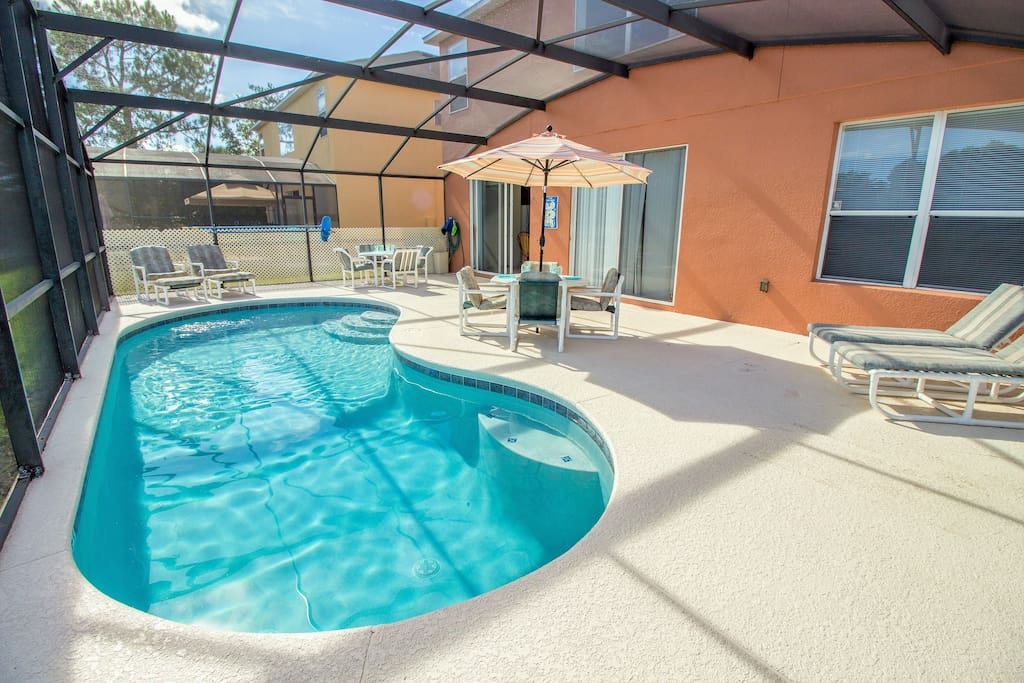 Enjoy your own private pool in Florida