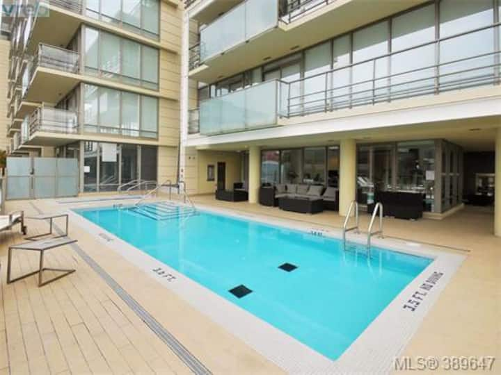 Stunning unit in highly sought after building