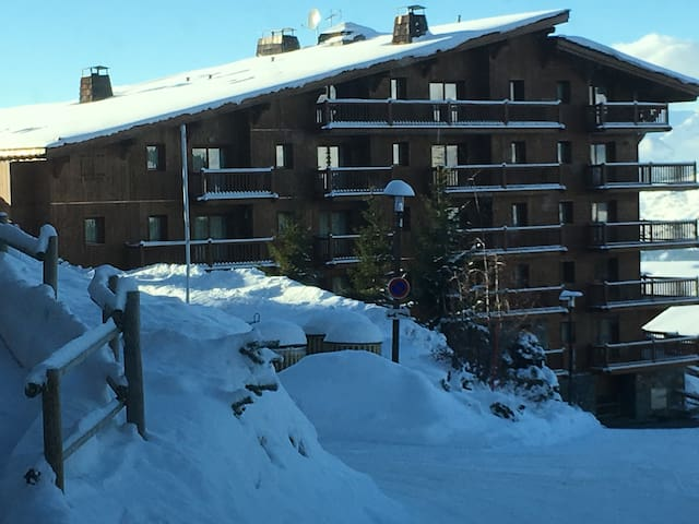 New Les Arcs 1800 Bourg St Maurice ski in/out Pool