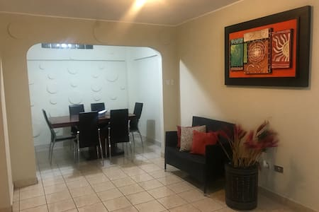 Comfortable furnished house in Manta City.