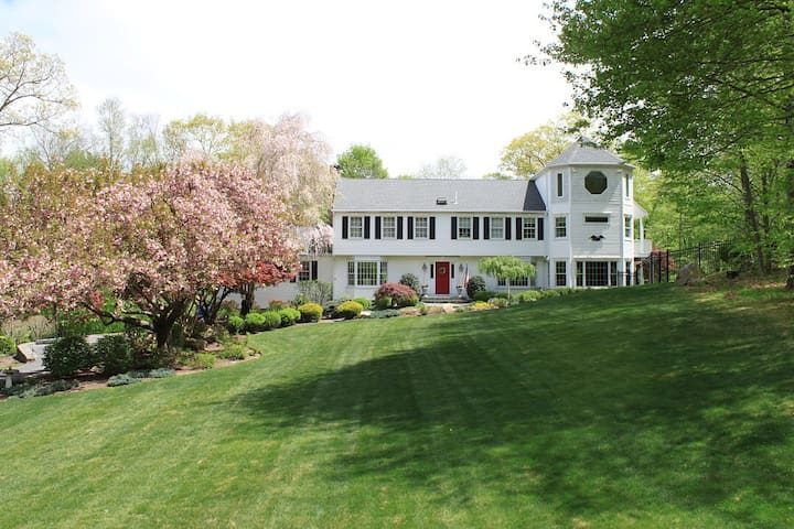 Expanded Country Colonial - Wilton - Ev
