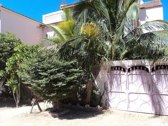 153 bis Saly Niakh Niakhal - Mbour - Appartement
