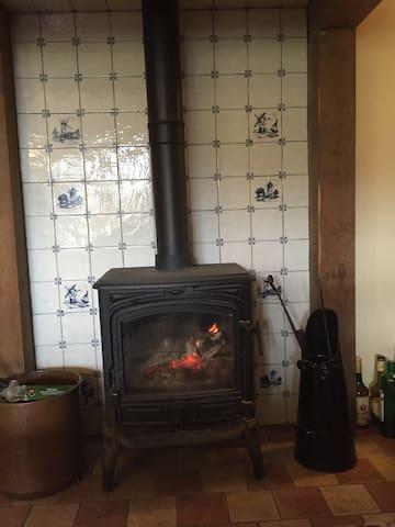Maison au calme - Chambon-sur-Dolore - บ้าน