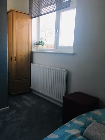 Single room to let in a peaceful location.