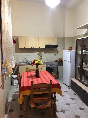 Holiday home ETNA - TAORMINA- - Piedimonte Etneo - Huoneisto