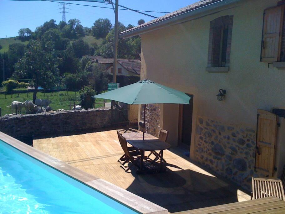 Maison de campagne avec piscine houses for rent in for Piscine desjoyaux crolles