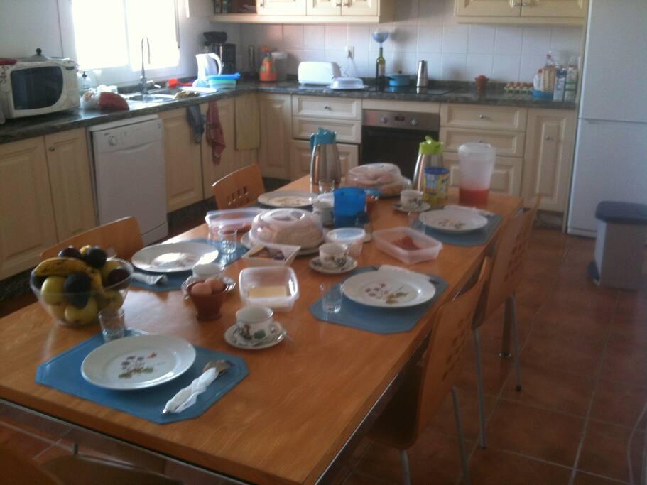 Ontbijtkeuken, ook voor eigen gebruik.