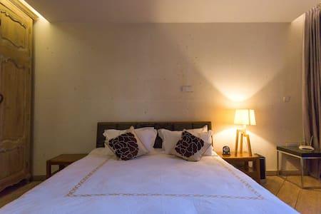 Cosy Double Room{5 min to Shu He Old Town by walk} - Lijiang