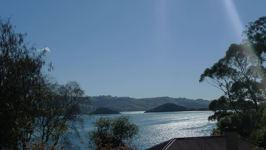 Kowhai Cottage – Broad Bay, Otago Peninsula