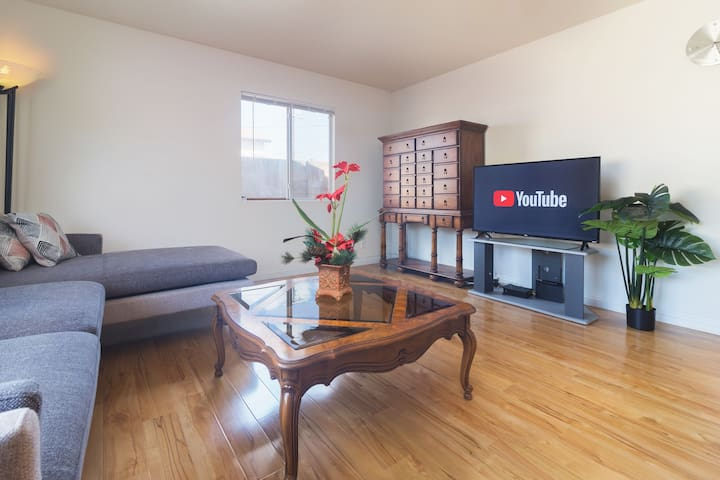 Family Friendly 3 BR Home in Great Location Lomita