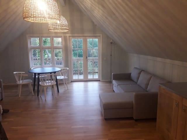 Accommodation in beautiful garden in the country.