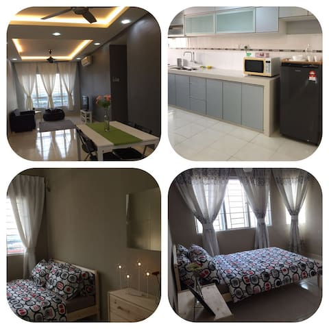 Comfy family Homestay for weekend away in Banjaria - Batu Caves - Daire