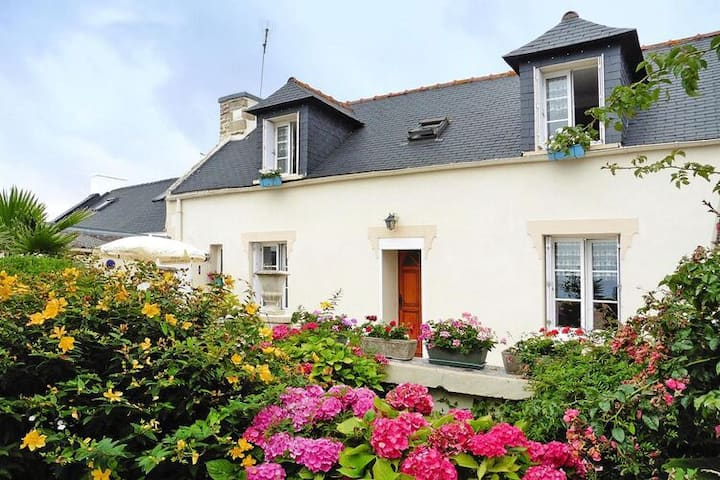4 star holiday home in Plouhinec / Finistère
