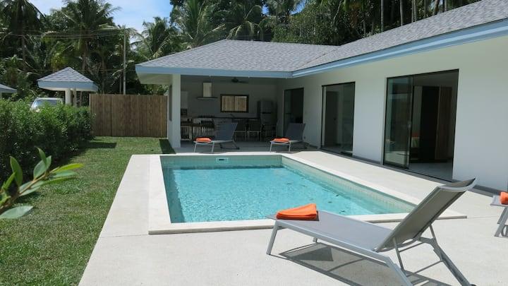 MAPRAO-2:3 chambres,piscine privée, 1 km de la mer