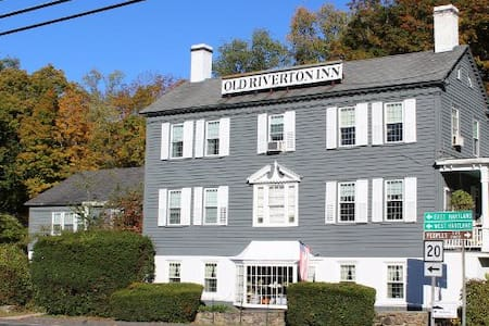 Old Riverton Inn Bed and Breakfast - Barkhamsted - Aamiaismajoitus