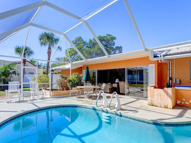 Harbor Paradise Home, 4 Bedrooms, Sleep 12, Private Heated Pool, HDTV, WiFi
