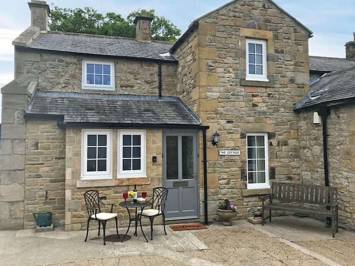 The Cottage @ Wood House - UK30258 (UK30258)