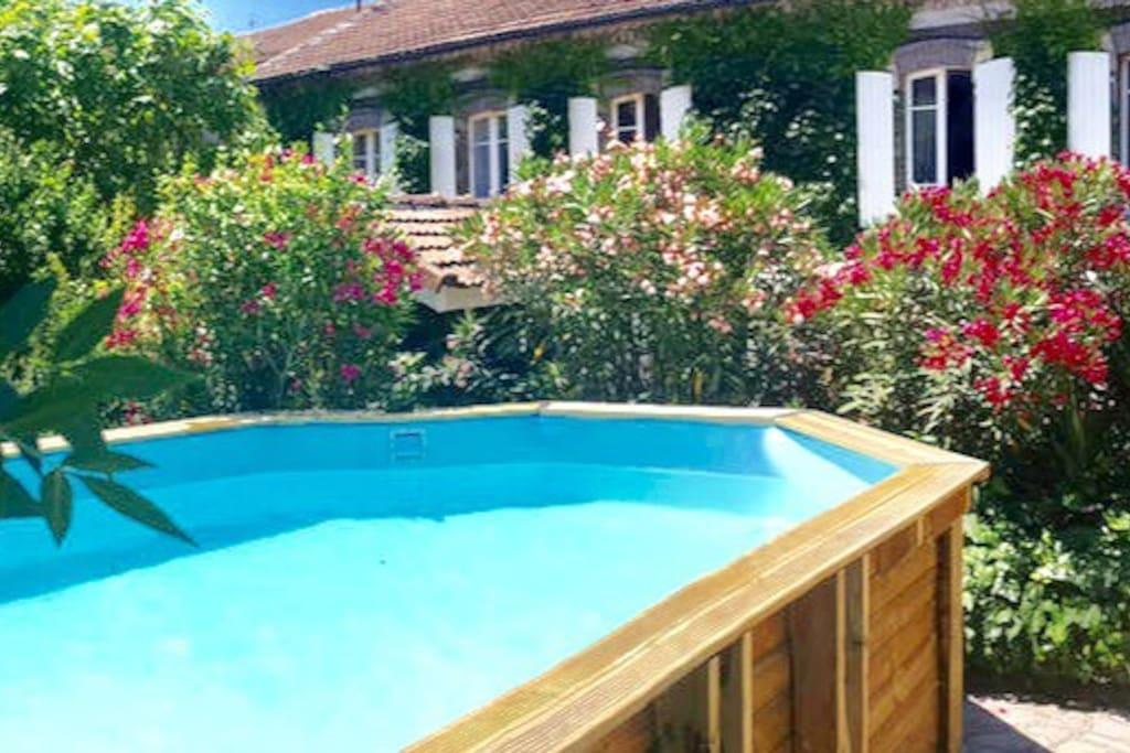 maison avec piscine et jardin dans le gard maisons
