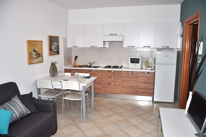 BLUE - Cozy studio in RESIDENZA SASSO MORO - Leggiuno - Condominium