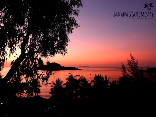 Magical sunrise out of bed - Bungalow Sea View
