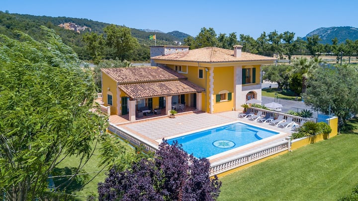 Modern Villa with private pool near to Pollensa