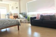 Bronte studio w/ water views Sydney's Best Suburb