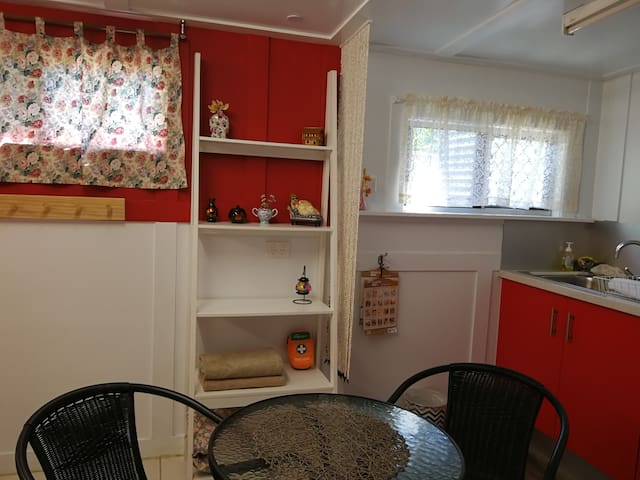Jenny's Warm Cabin
