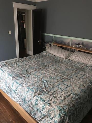 Clean & Spacious 2 bedroom near Adams Village - Boston - Condominio
