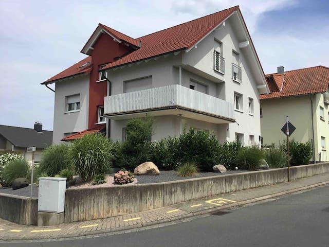 Ferien/ Handwerkerwohnung ca 100qm Bayrisch Nizza