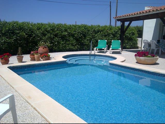 Relax at Villa Charli, Calan Porter, Menorca - Cala en Porter