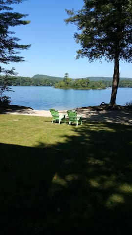 Sandy beach, peaceful lake, 35 minutes to Portland - Raymond - Hus