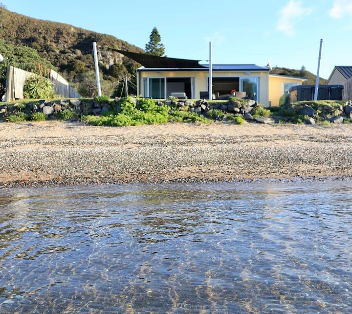 Pataua - The Yellow Waterfront Bach