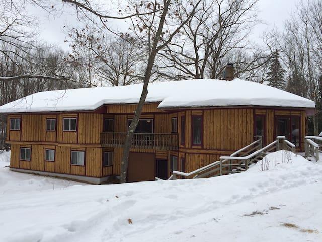 Fox Den on Teal Lake