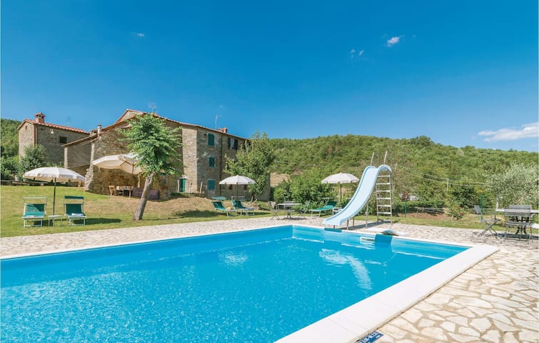 Holiday cottage with 1 bedroom on 32m² in Cortona AR